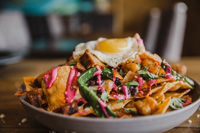 Boss needs you at 5:00 on a Friday?   Nacho problem, you have happy hour plans.   Join us for happy hour from 3-7.   #happyhour #summer #patio #patioseason #zocalokc #plazakc #kcmo  #igkansascity #kansascity #igkc #instakc #mexicanfood #foodie #kcplates #kceats