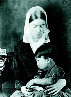 Lidian jackson emerson with son edward.courtesy of concord free public library.