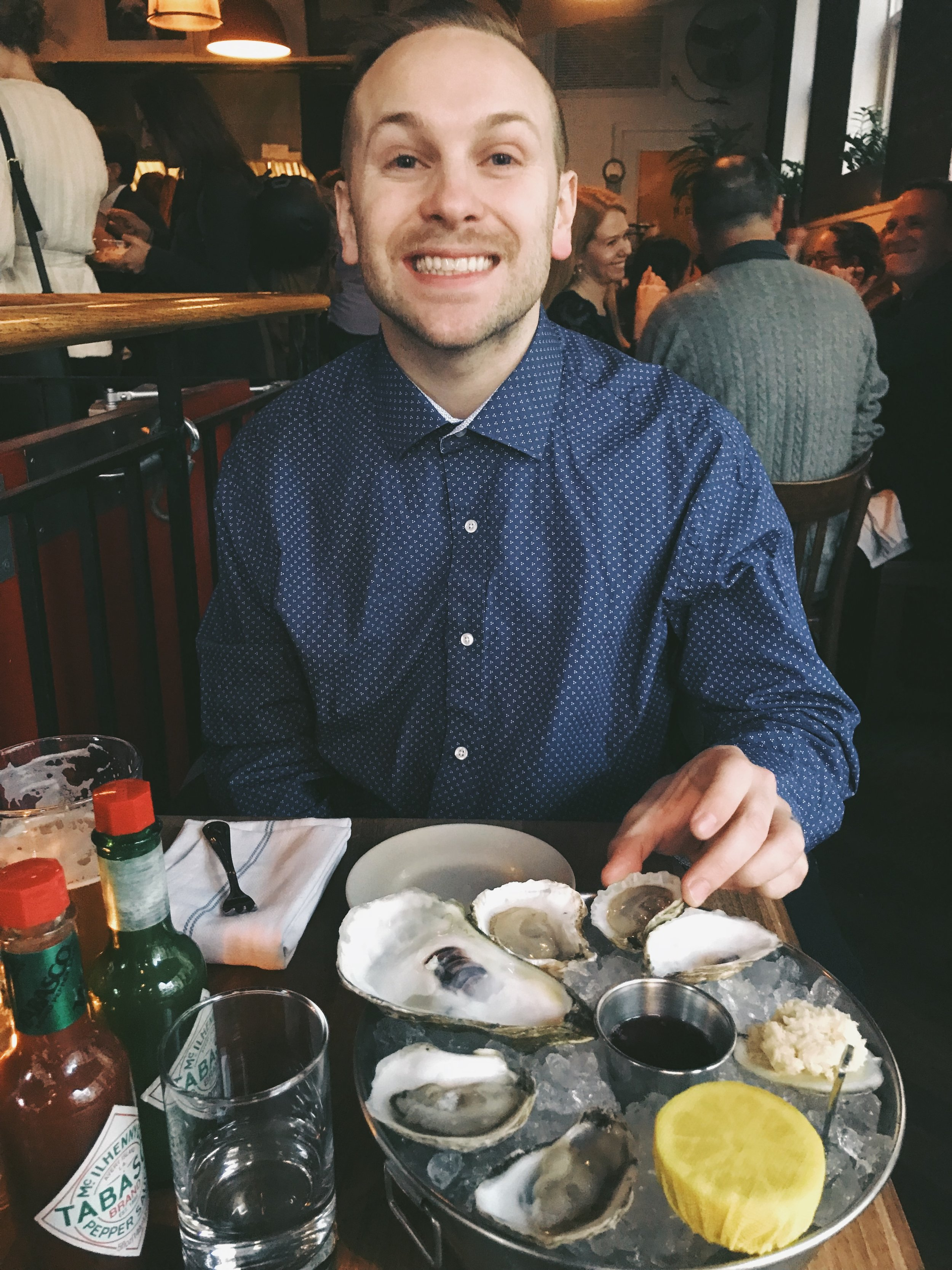 IF YOU CAN'T ALREADY TELL, I ALSO LOVE OYSTERS AND BEER!!!