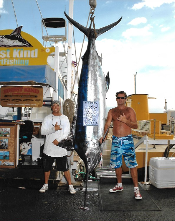 535lb-blue-marlin-lahiana-harbor-hawaii