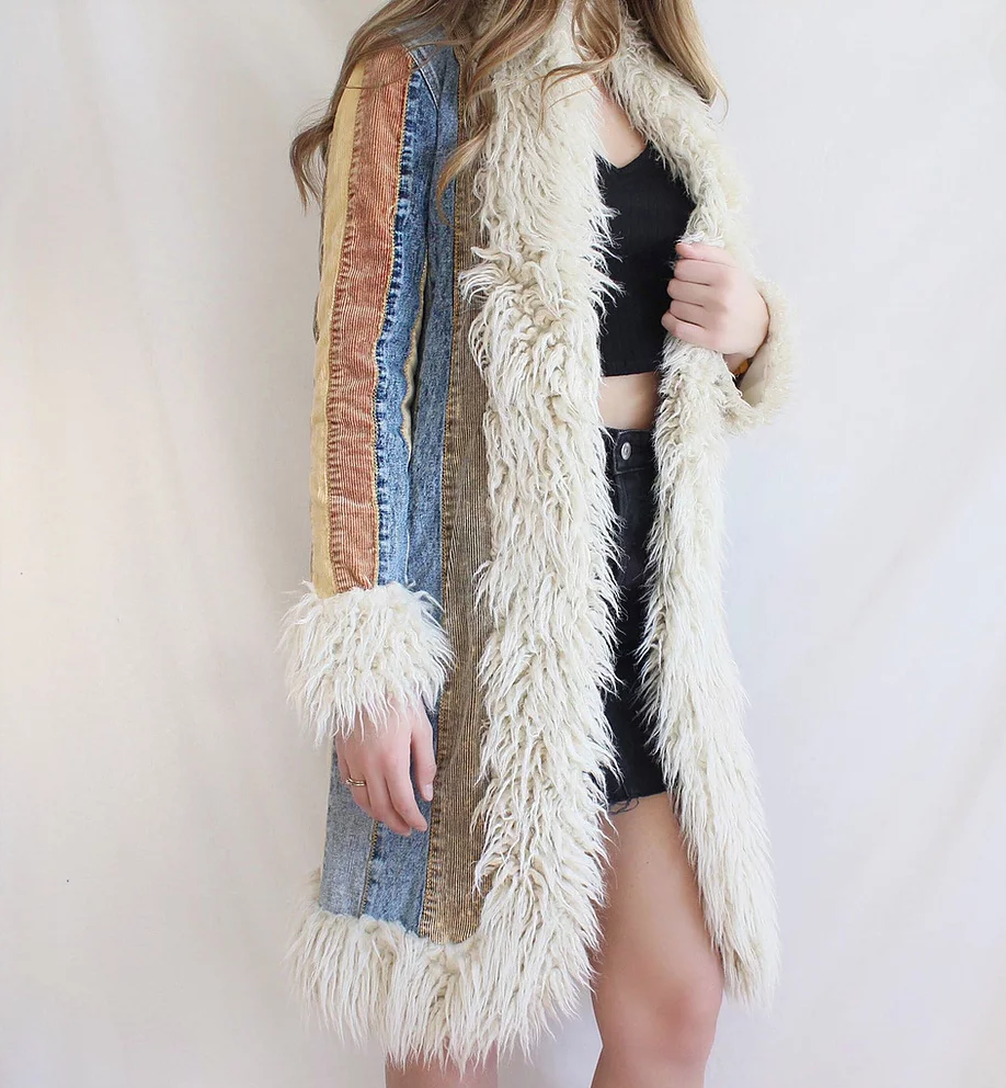 Can we just talk about this Penny Lane coat for a second? 🤩