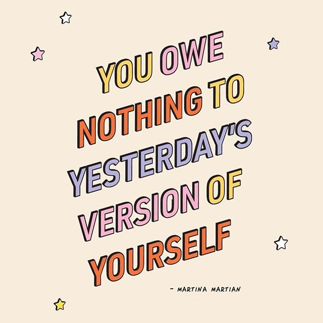 Each day you are growing and evolving into a new version of yourself. Wake up and remind yourself of this everyday!💫 #storiesofwomen #mindfulness #connect #evolving ⠀⠀⠀⠀⠀⠀⠀⠀⠀ Art by: @martinamartian