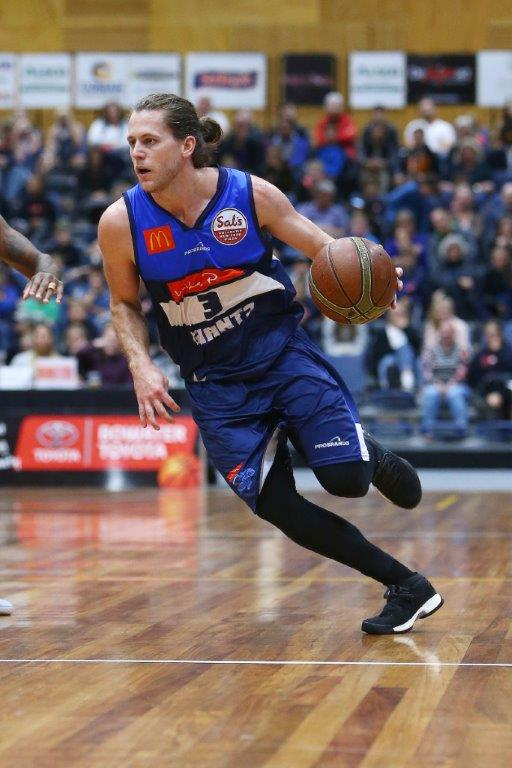 Damon Heiur 30 points game high scorer