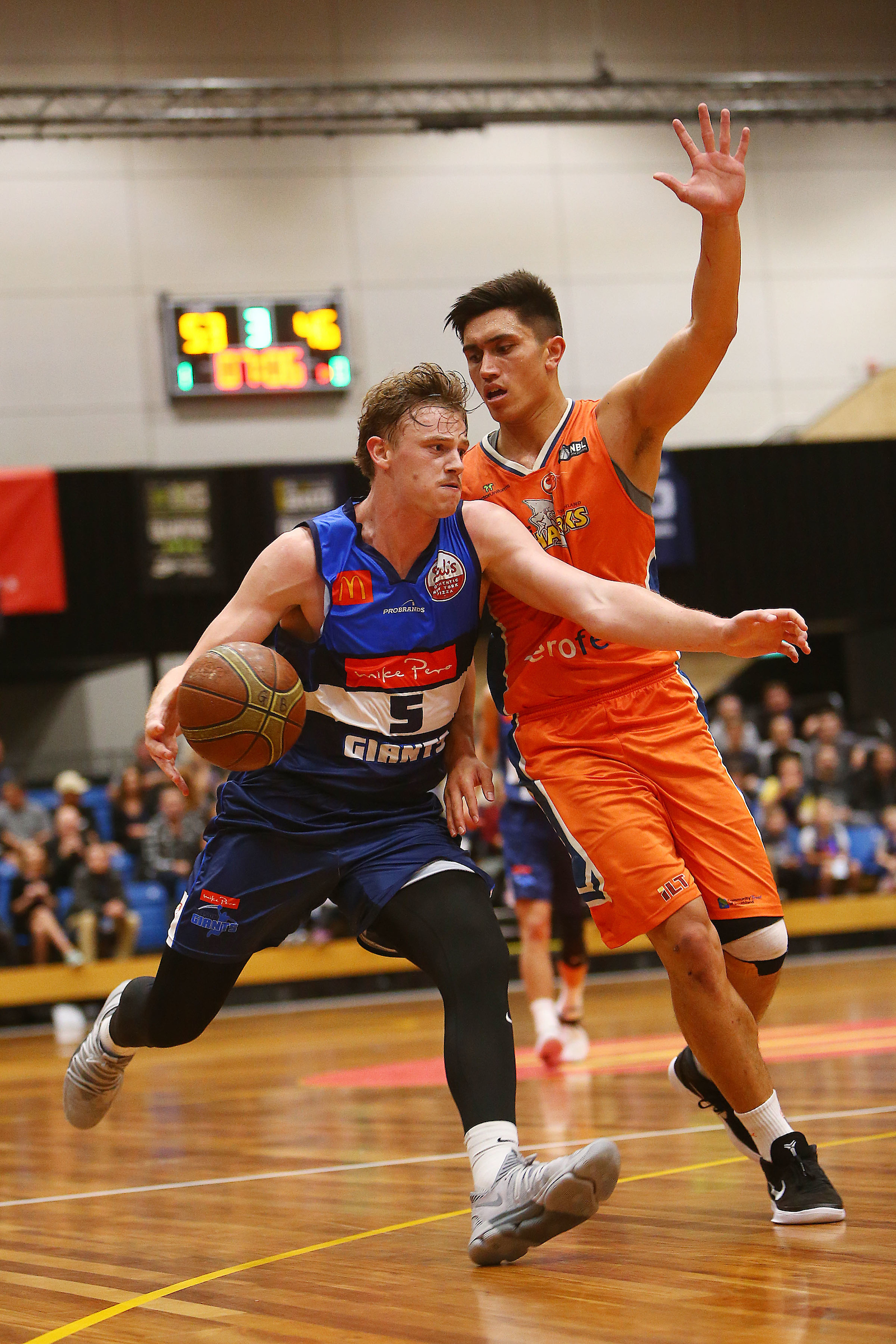 Finn Delany back from injury with a very useful 21 points and 8 rebounds. ShutterSports Pic