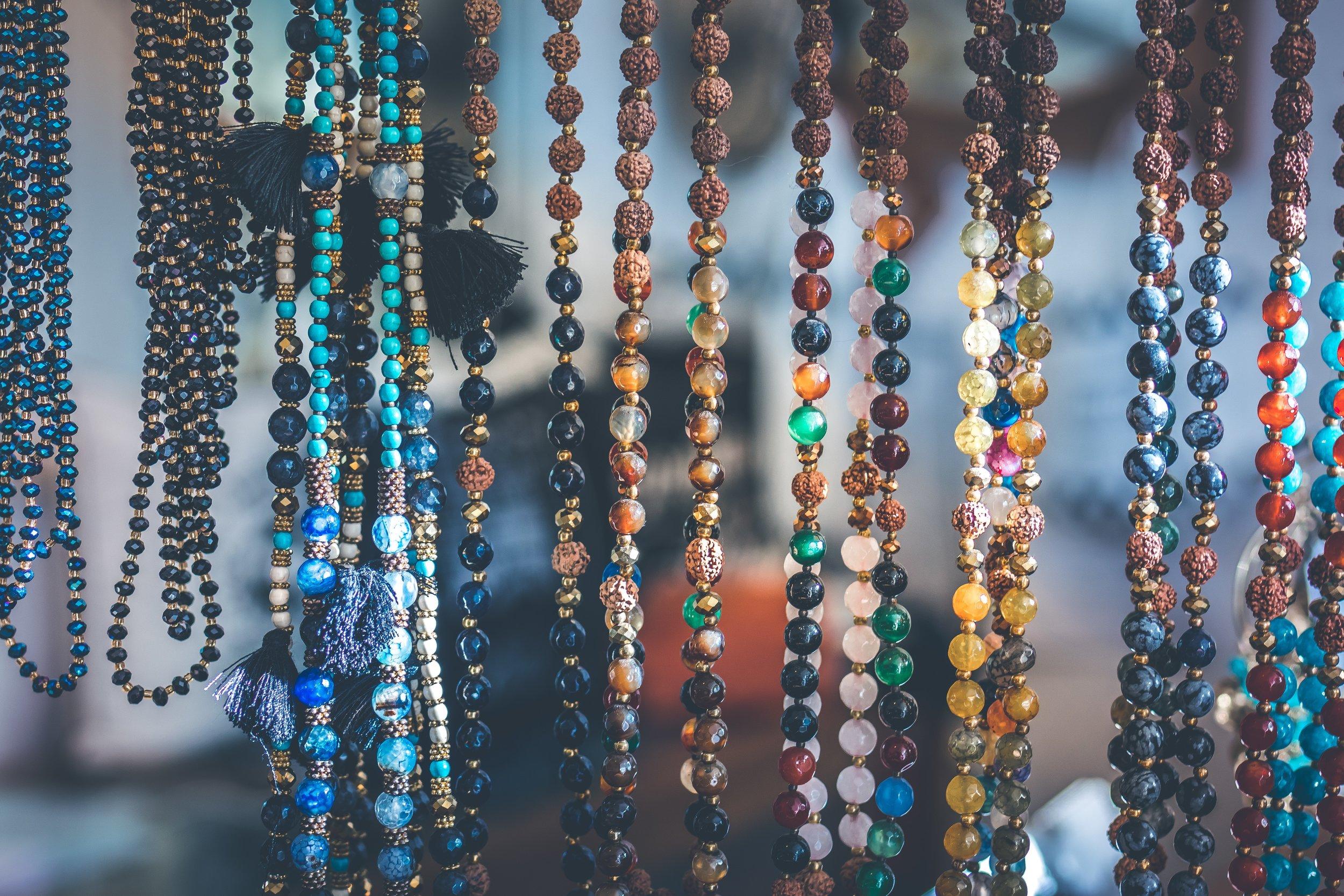 accessory-art-beads-994515.jpg