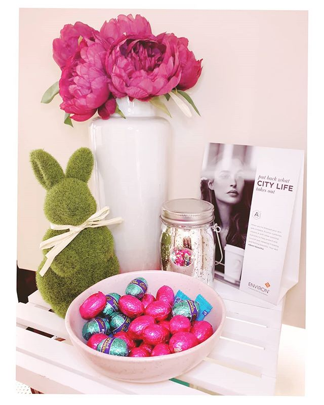 Yeah Easter is almost here!! There is so many reasons why I love Easter, lots of chocolate eggs being one of them definately 🐰😬 Also looking forward to a good rest. Remember salon will be closed from Thursday 18th - 22nd. . . . #bellissimaskinandbeauty #vitahealth #environskincare #skincarespecialistperth #joondalupsalon #hennabrowartist #lashliftspecialist #medicalneedling #plasmalift #plasmapenaustralia #perthbeautician