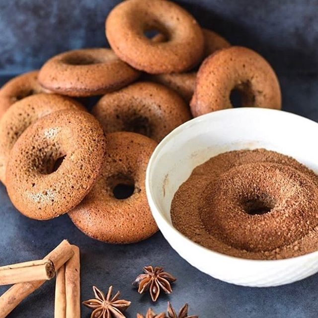 Chai Spice Donuts, the perfect a weekend bake off!! Head to the blog for the recipe using @living.chai concentrate. #donuts #realfood #vegan . . . #chai #dessert #dairyfree #home #space #rain #spring #turmeric #paleo #vegan #veganfoodshare #vegandrink #govegan #organic #byronbay #byronbaybusiness #design #perfect #goals #homeinspo #meditate #chill #relax #peace #dirtychai #coffee