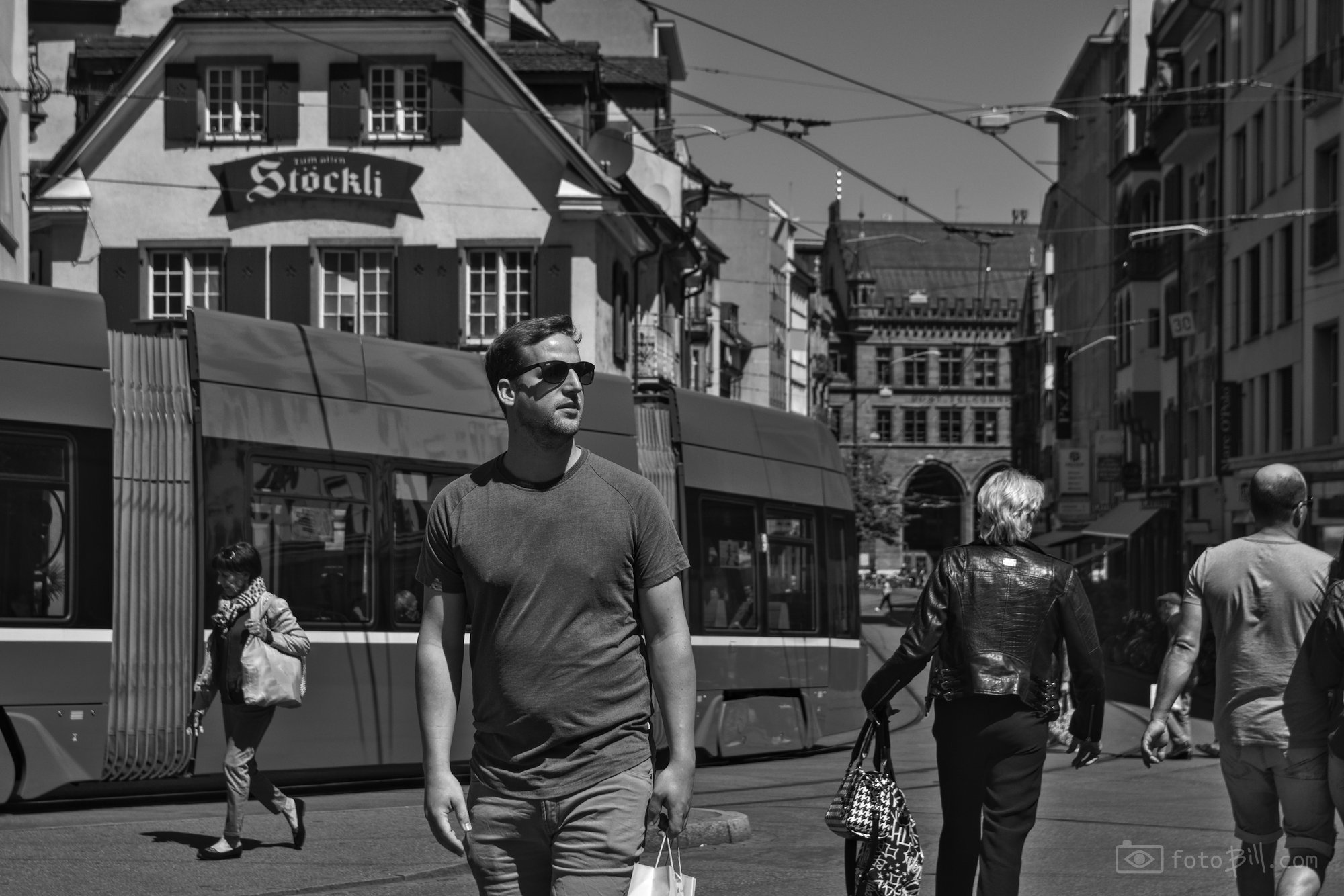 Street_Photo_Basel_0070_slctd_web_noexif.jpg