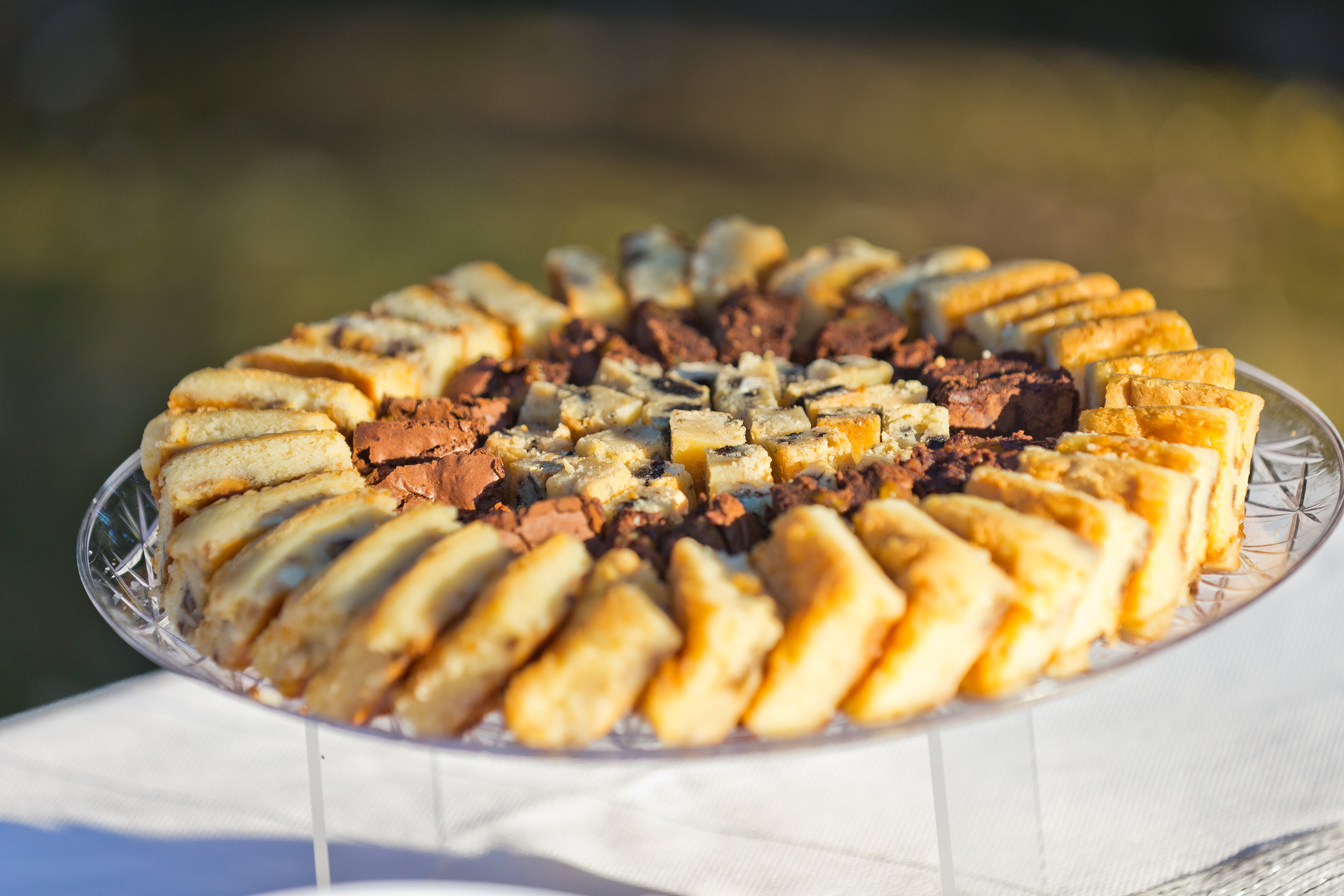 Platters - Array of platters for your morning meetings, afternoon consultations or employee events, we will provide you with all your food service needs.