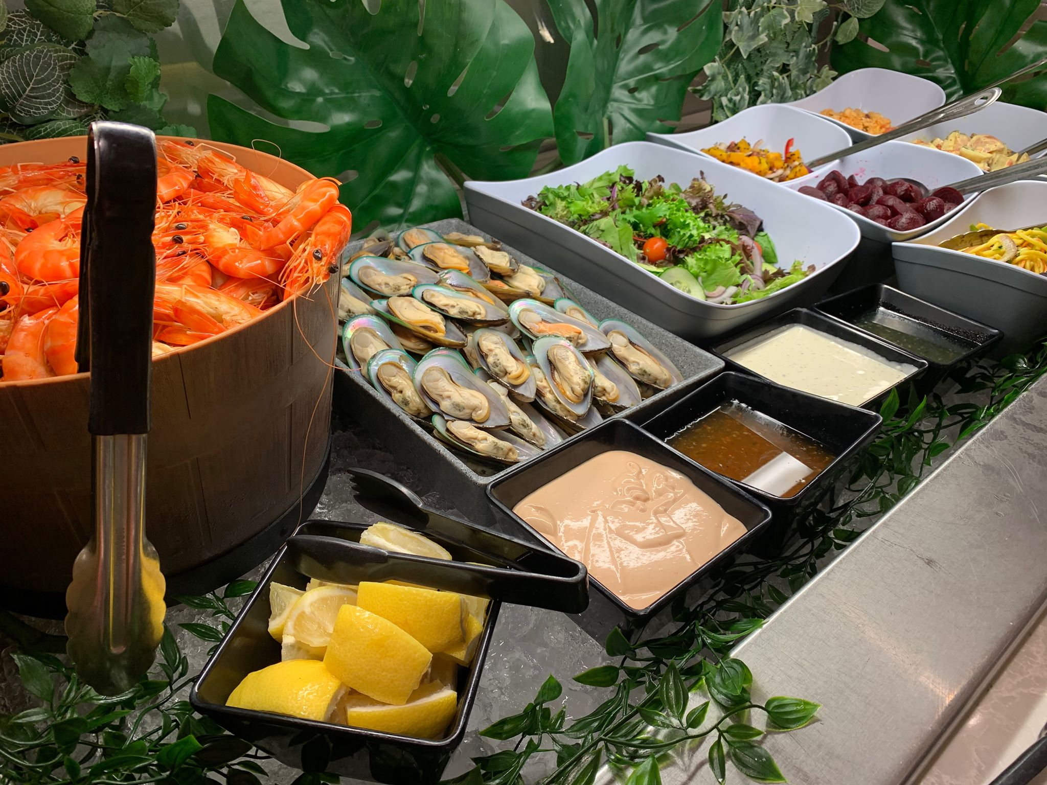 Salad bar with prawns.jpg