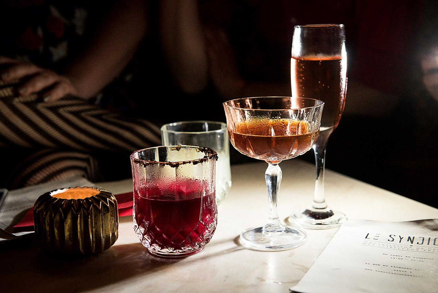 The Gentleman's Guide to Drinking in Paris - PLAYBOY