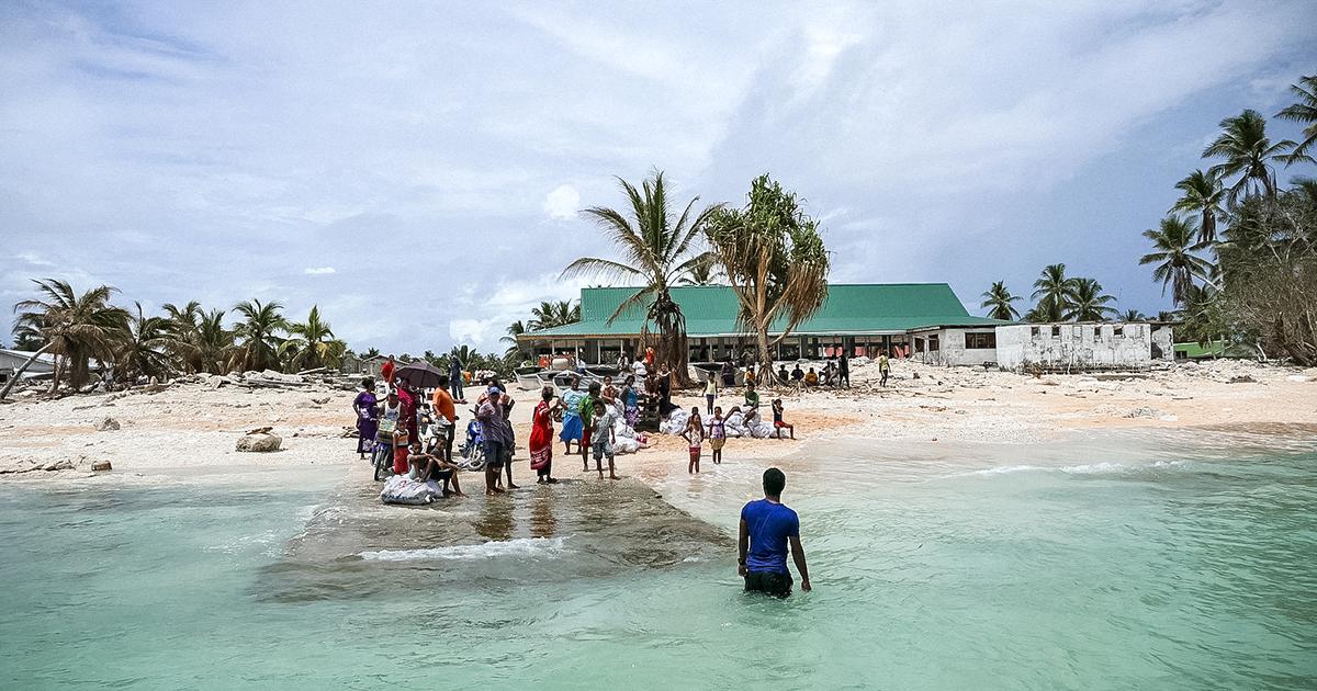 img-Nui-island-tuvalu-post-Cyclone-Pam-1200x630.png
