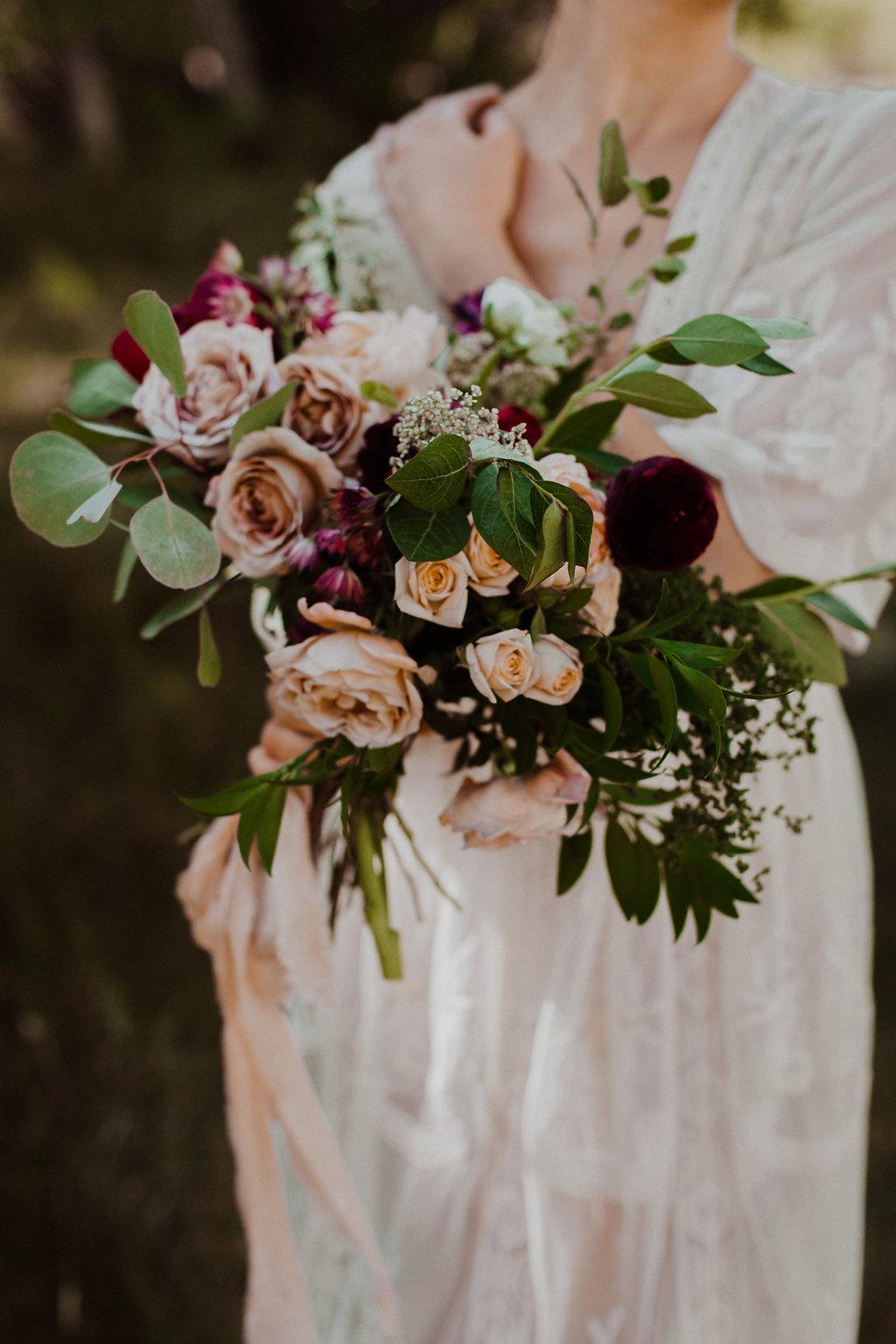 rise-floral-stylizedbridal-40.jpg