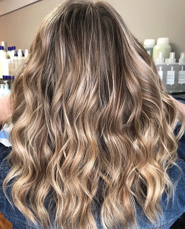 Brighter and lighter for this beauty ✨ by @alexatishkevich #simplicityconcord #concordnhhair #nh #mainstreetconcord #603hair