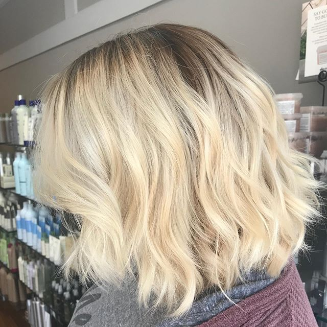 Check out this beautiful transformation ✨ 4.5 hour color correction by @ellen_oquendo #simplicityconcord #intownconcord #603hair #downtownconcordnh #concordnhhair