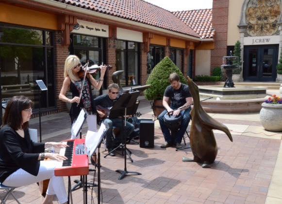 Sisters & Strings - Plaza Easter 2017.jpg