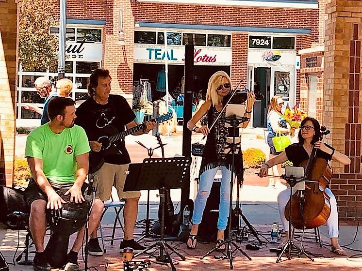 Sisters & Strings Infusion - Farmers Market - lightened.jpg