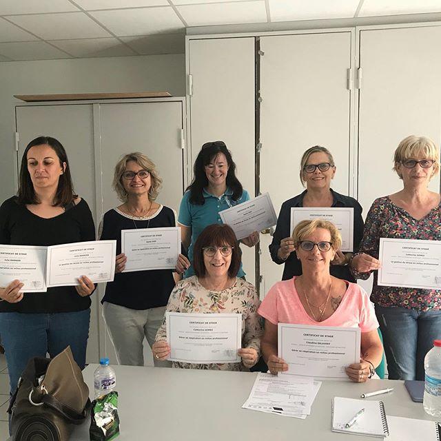 Fin d'une formation en gestion du stress pour le groupe@lexom à la mairie de Châteauneuf-les-Martigues 👏👏👏 un cadre idéal et un groupe au top 👌 #lexom#chateauneuflesmartigues#efficap#gestiondustress#soohrologie