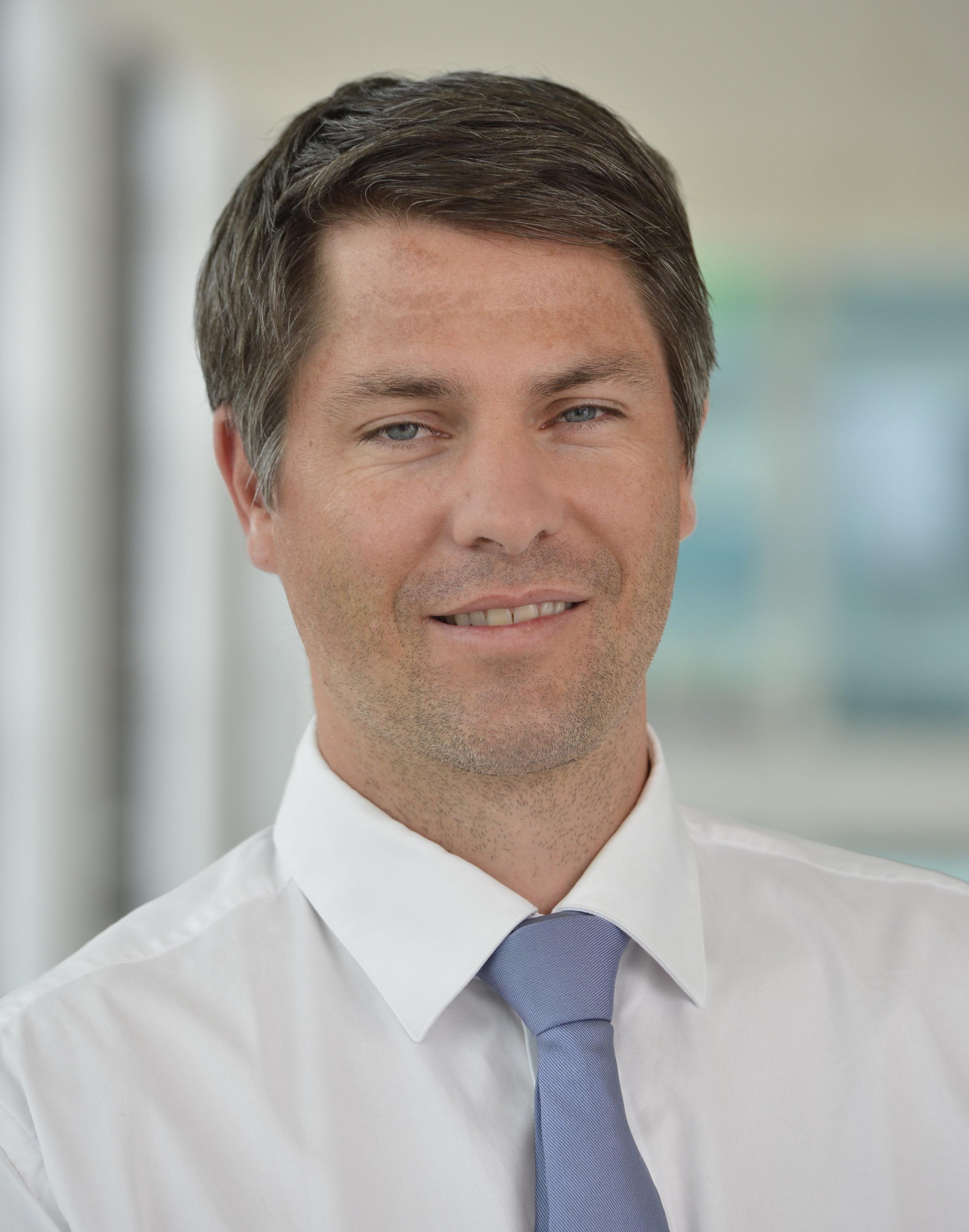 Dr. med. Matthias Schmied  (Orthopädie und Traumatologie des Bewegungsapparates)