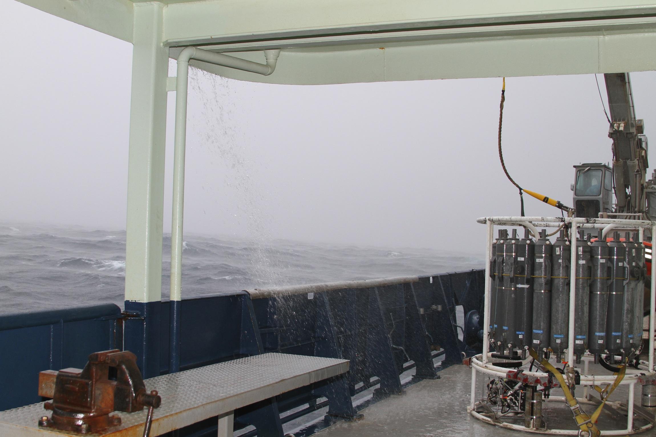 5a-rain around the CTD.JPG