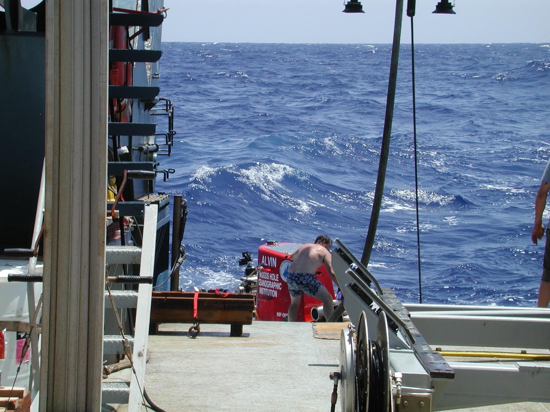9-Alvin Pick Up Seas 3.JPG