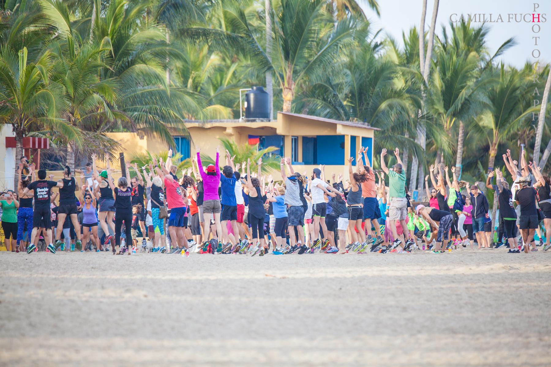 """VIDA EN SAYULITA - Sayulita es una comunidad activa. La mayoría de los residentes pasan parte de su día practicando surf, remar, correr o practicar yoga. Ponemos ese estilo de vida delante de nuestros asistentes con eventos de estilo de vida activos.Thursday - Yoga en las Olas.Registration: 9:00-9:30 AM day of, or register in plaza Jan. 28-30) Event: 9:30-11:00 AM, Brisa Mar Palapa, $200p contribution (1st come 1st served commemorative gift)Registro: 9:00-9:30 AM Jan 31, o pre-inscripción en la plaza del 28 al 30 de enero) Evento: 9:30-11:00 AM, Brisa Mar Palapa, contribución de $200p (cupo limitado c/obsequio conmemorativo)Yoga en las Olas: Immerse yourself in waves of energy, sound, and ocean! Hatha Flow bi-lingual practice led by internationally-renowned Narayani (Owner, Paraiso Yoga Sayulita) accompanied by Crystal Sound Healing from Máximo Fava (Vancouver, BC) and Crystal Bowl Closing Meditation with Carmela Carlyle (Sayulita/SF, CA).Yoga en las Olas: ¡Rodéate en olas/ondas de energía, sonido y océano! Práctica bilingual de Hatha Flow, instruido por Narayani (Dueña, Paraiso Yoga Sayulita) de renombre internacional, acompañado por Máximo Fava (Vancouver, BC) y su sanación con sonido de cristal. Cerrado con meditación con sonido de cristal, guiado por Carmela Carlyle (Sayulita/SF, CA).Viernes - Stumble in the Jungle Fun Run. (8:30am inscription or sign up in the plaza during the week) 9am run start - Las Sirenas Beach Club $100p contribution / (first come first served commemorative gift) - """"Festival Sayulita's 5th annual Stumble in the Jungle 5k / 10k Fun Run is a Sayulita tradition. Taking it's runners of all ages and experience levels through 2 beautiful Sayulita beaches and up through the gorgeous jungle hills all the way to San Pancho and back. Wrapping it all up with Margaritas at Las Sirenas Beach Club , this is a morning not to be missed!"""" -""""La 5ta carrera anual de Festival Sayulita Stumble in the Jungle 5k / 10k es una tradición de Sayulita. Tomando a cor"""