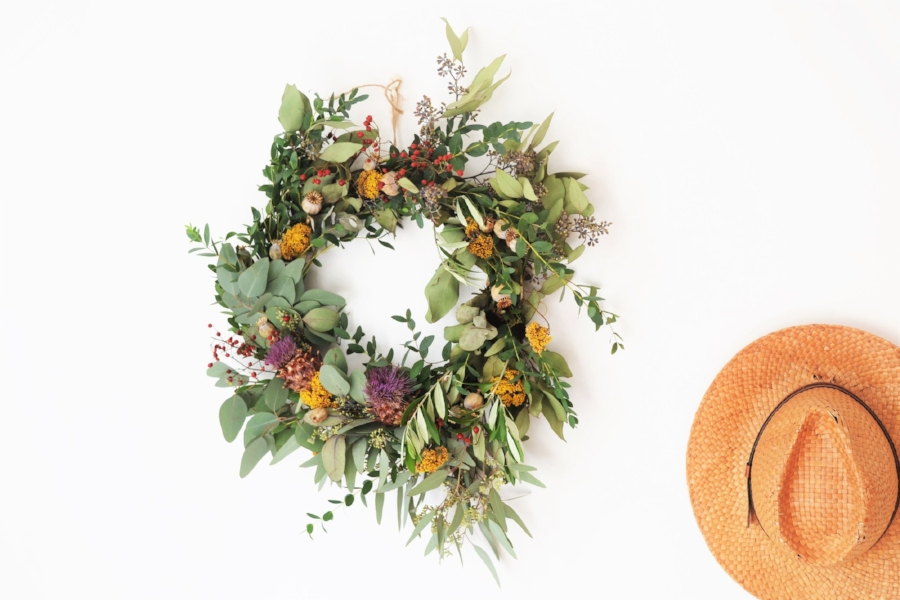 How-to-make-an-autumn-wreath-webb-and-farrer-brighton-flower-workshop (19).JPG