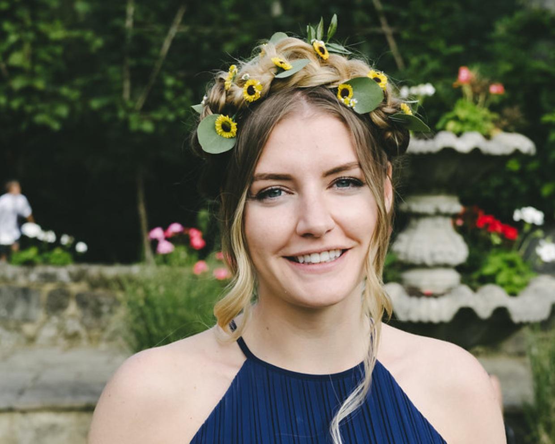 Bridesmaid-hair-flowers-Webb-and-Farrer-Brighton-Sussex-Wedding-Florist+%281%29.jpg
