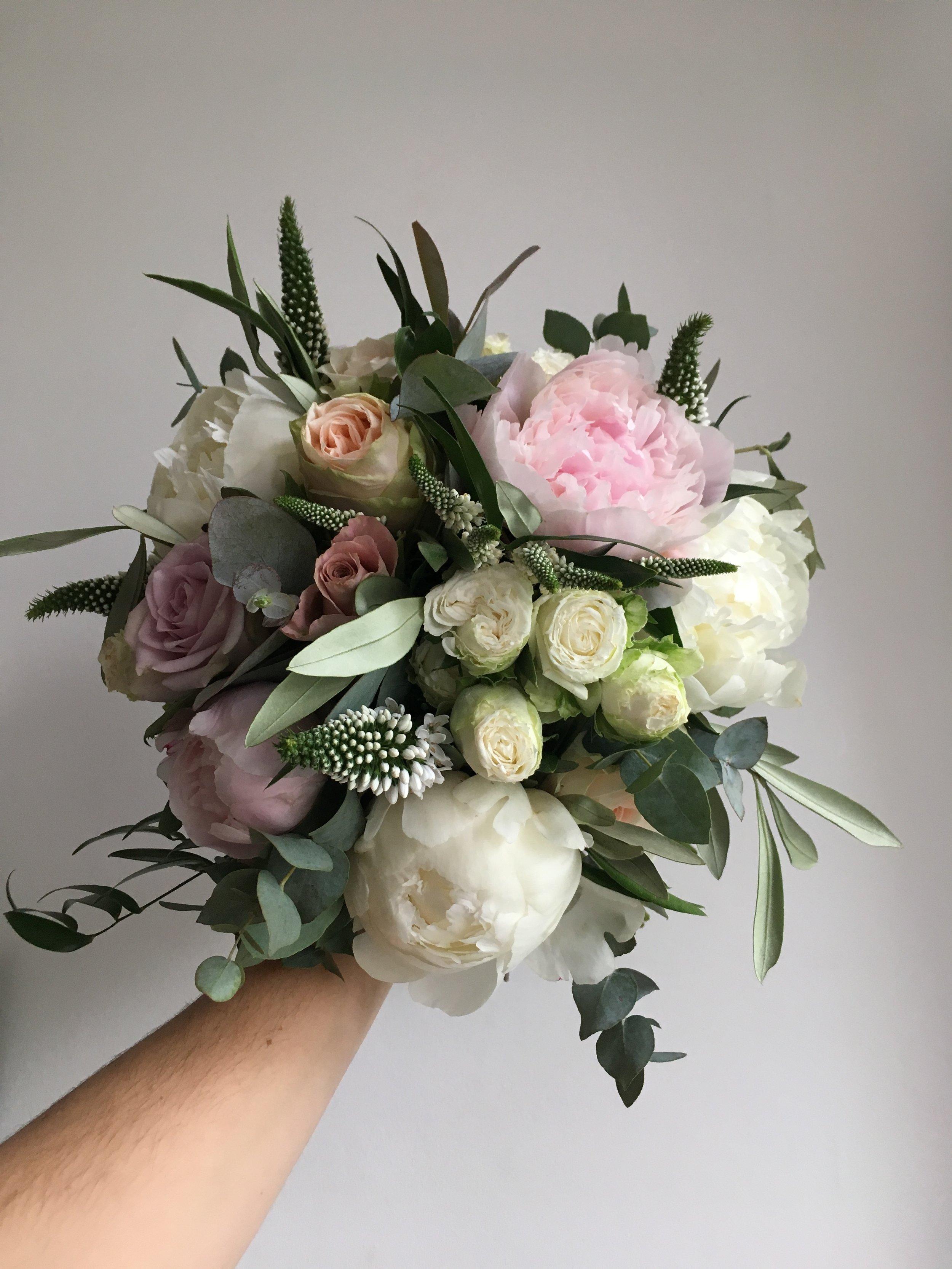 Wedding-Flowers-Brighton-Sussex-Florist-Bridal-Webb-and-Farrer (5).JPG