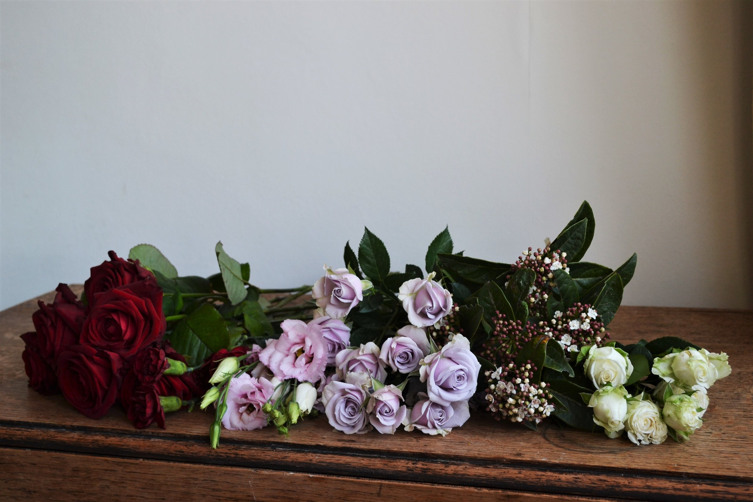 Webb-and-Farrer-Brighton-Florist-Sussex-Wedding-Flowers-Blush-Pink-Burgundy-Bridal-Bouquet (3).JPG