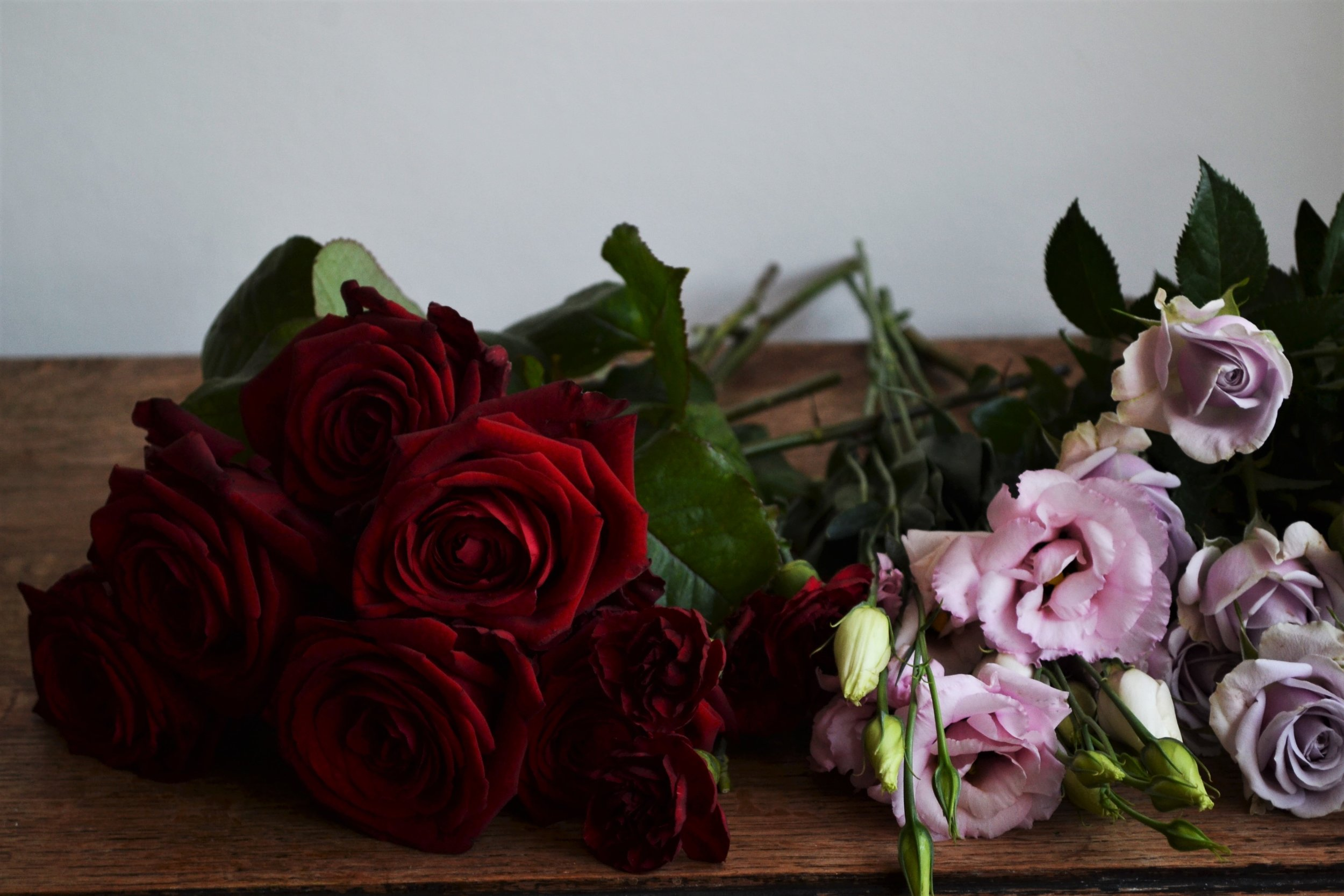 Webb-and-Farrer-Brighton-Florist-Sussex-Wedding-Flowers-Blush-Pink-Burgundy-Bridal-Bouquet (1).JPG
