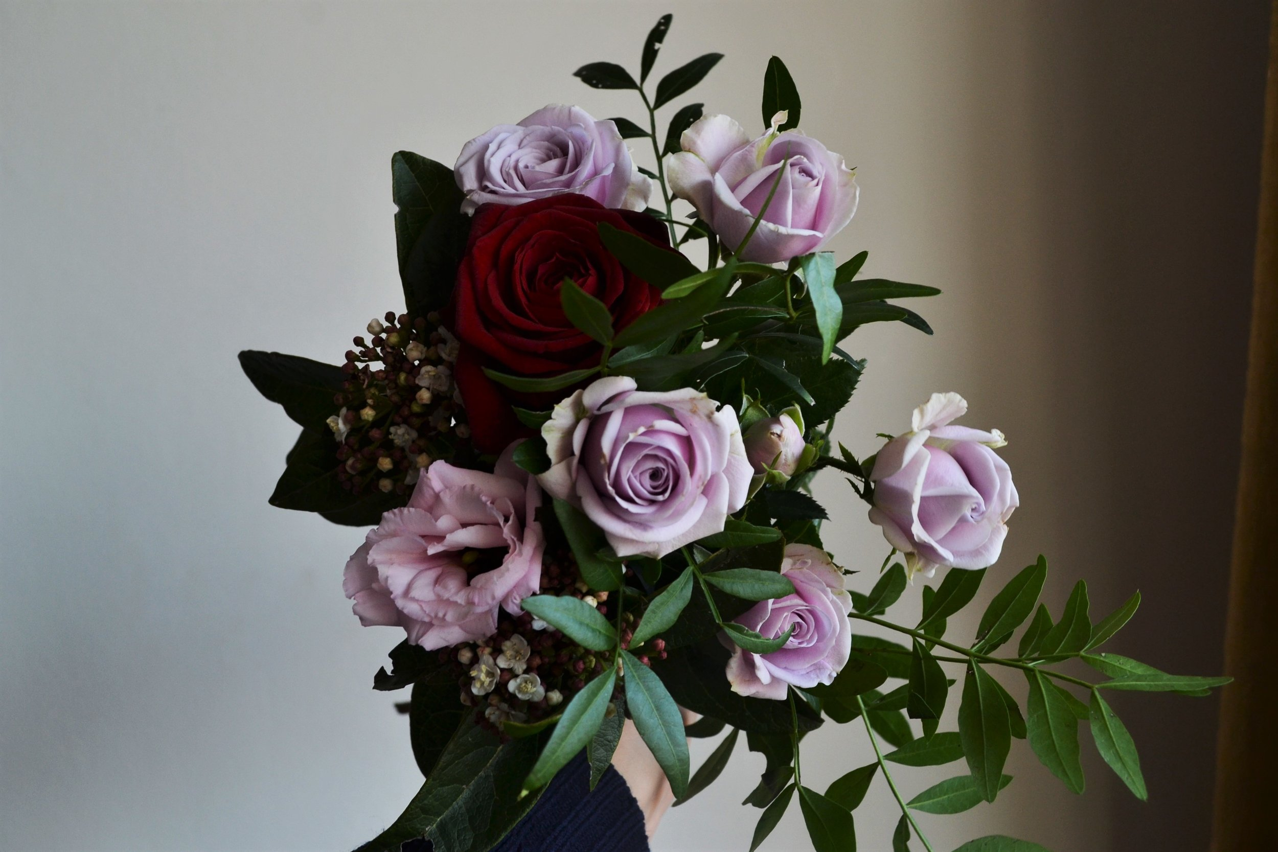 Webb-and-Farrer-Brighton-Florist-Sussex-Wedding-Flowers-Blush-Pink-Burgundy-Bridal-Bouquet (4).JPG