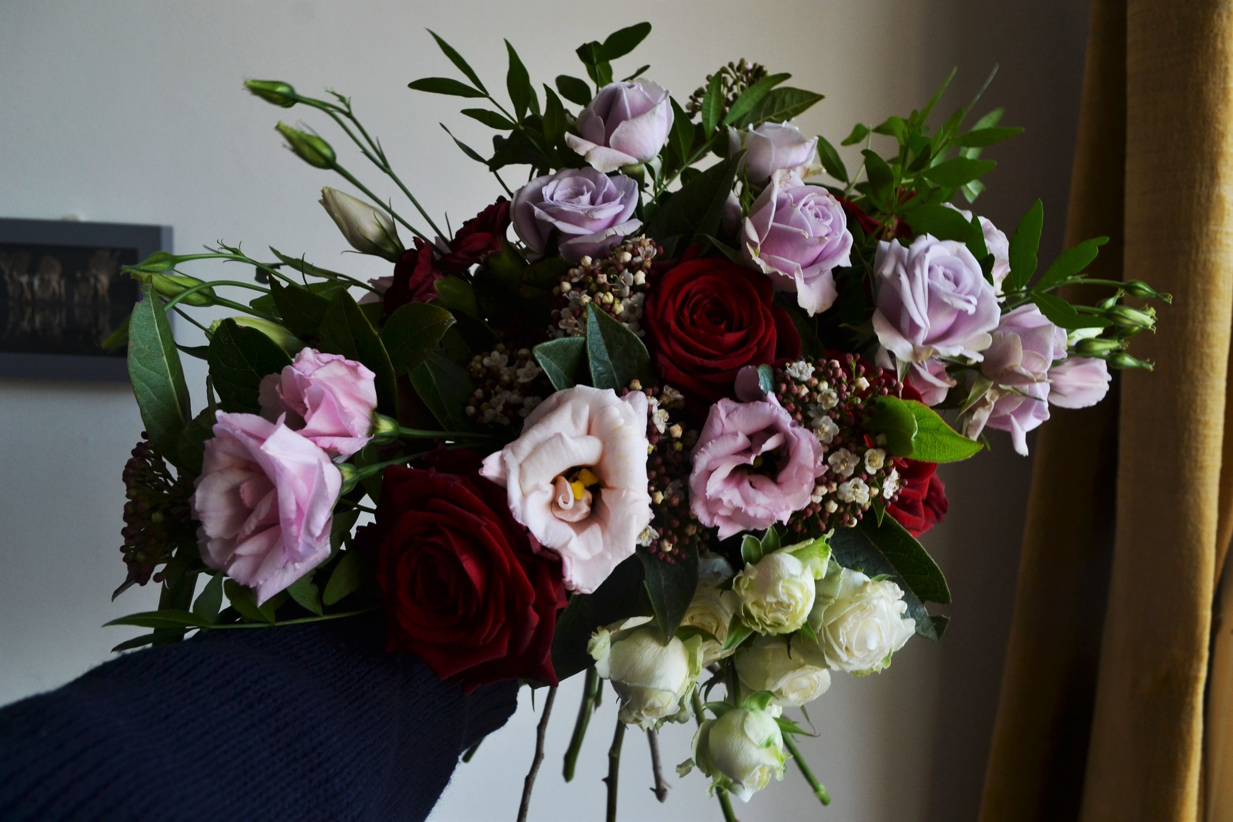 Webb-and-Farrer-Brighton-Florist-Sussex-Wedding-Flowers-Blush-Pink-Burgundy-Bridal-Bouquet (5).JPG