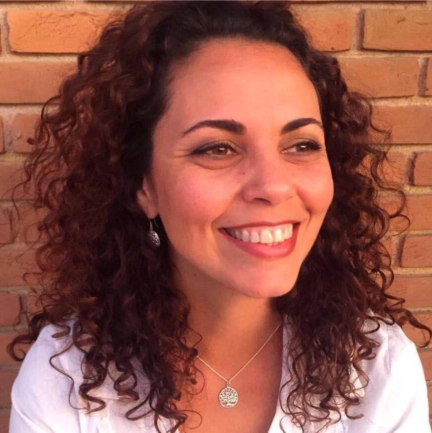 Cristiane Meira de Paula