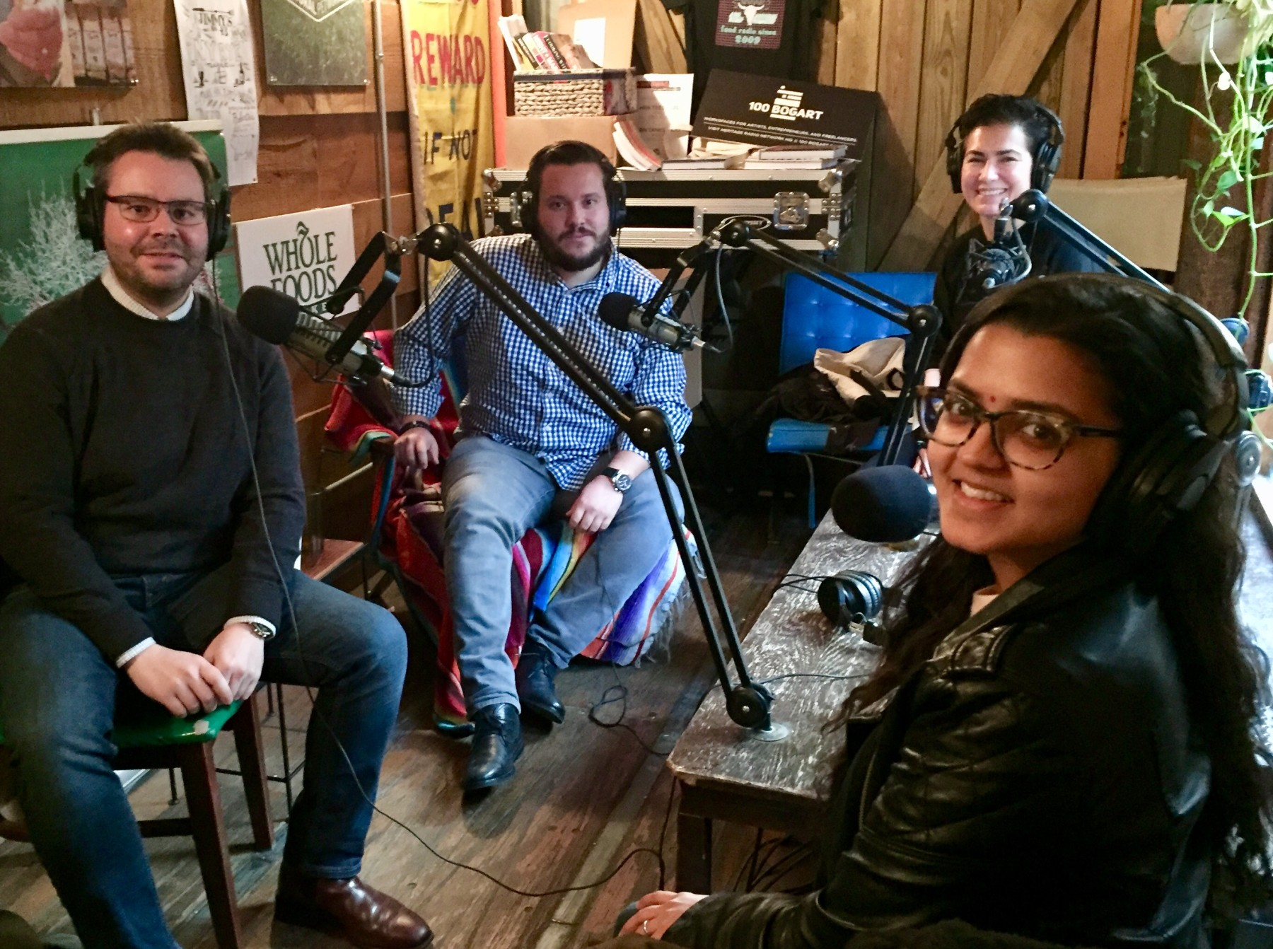 Tech Bites Podcast-    EPISODE 121 2017 YEAR IN REVIEW: THE GOOD, THE BAD AND THE APP    The penultimate episode of 2017 is a look back at the tumultuous year that was. Joining us in-studio are three founders of restaurant tech businesses who share their stories, industry observations and favorites apps 2017. Deepti Sharma, Food to Eat founder and CEO from Episode 99 Women in Food Tech CEOs. Bradley Scott, Etch co-founder from Episode 109 Restaurant Recommendation Apps. Xavier Mariezcurrena, ChouxBox co-Founder and CEO from episode 94 Free Tax Advice with ChouxBox.