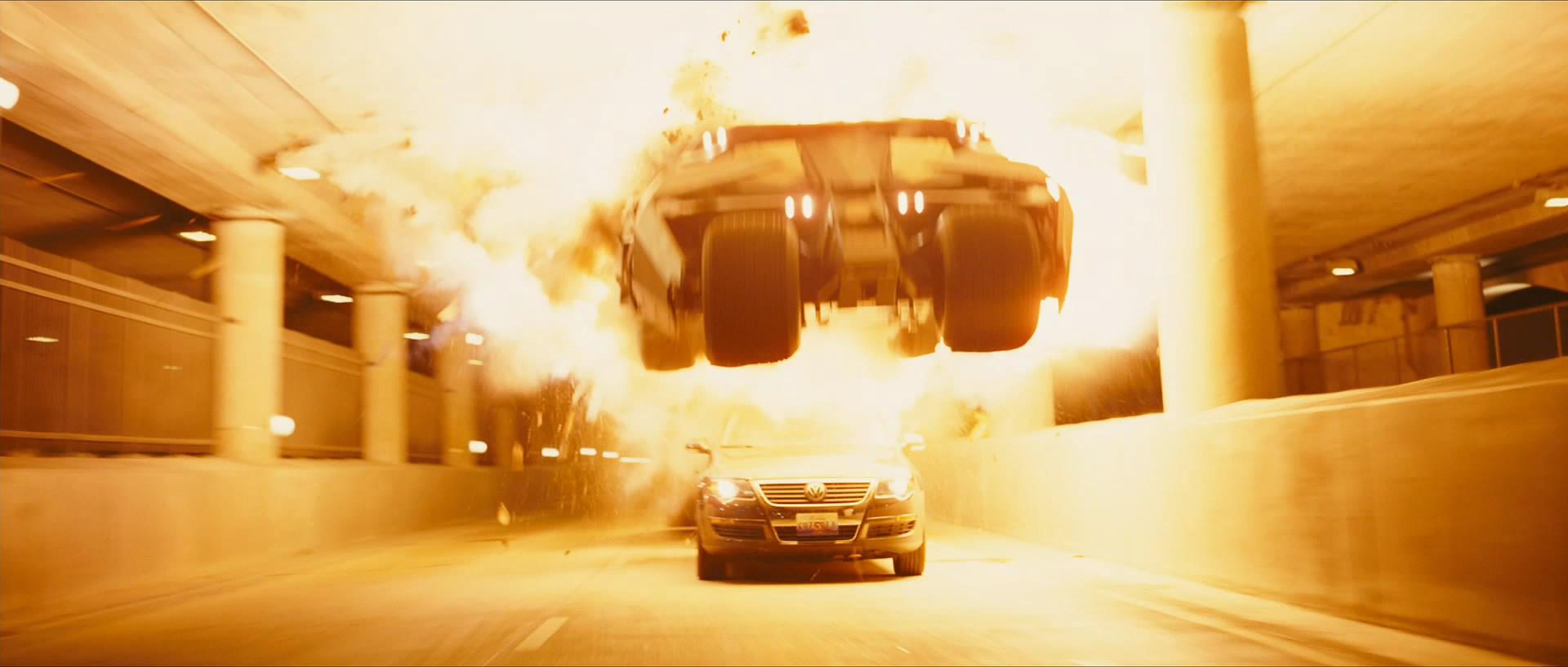 batmobile-tumbler-jump-snapshot20080504111947.jpg