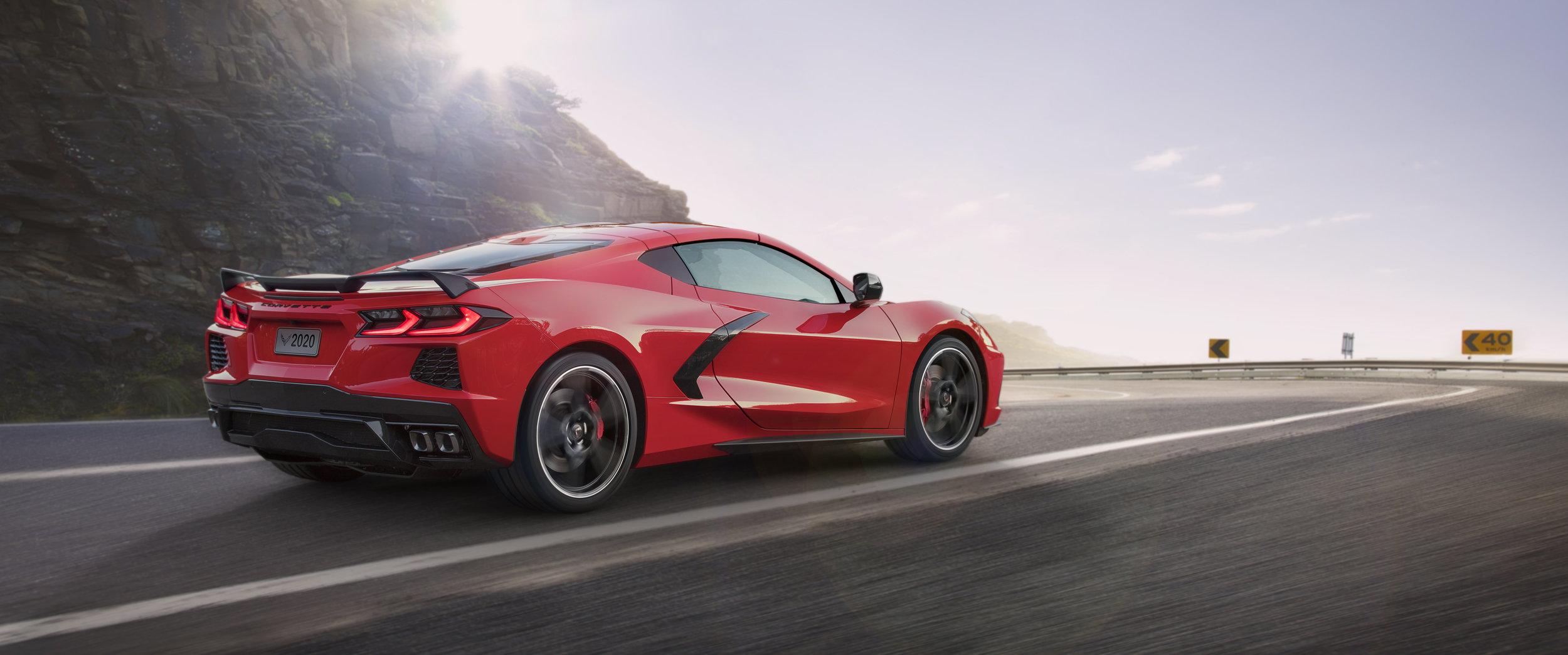 2020-Chevrolet-Corvette-Stingray-002.jpg