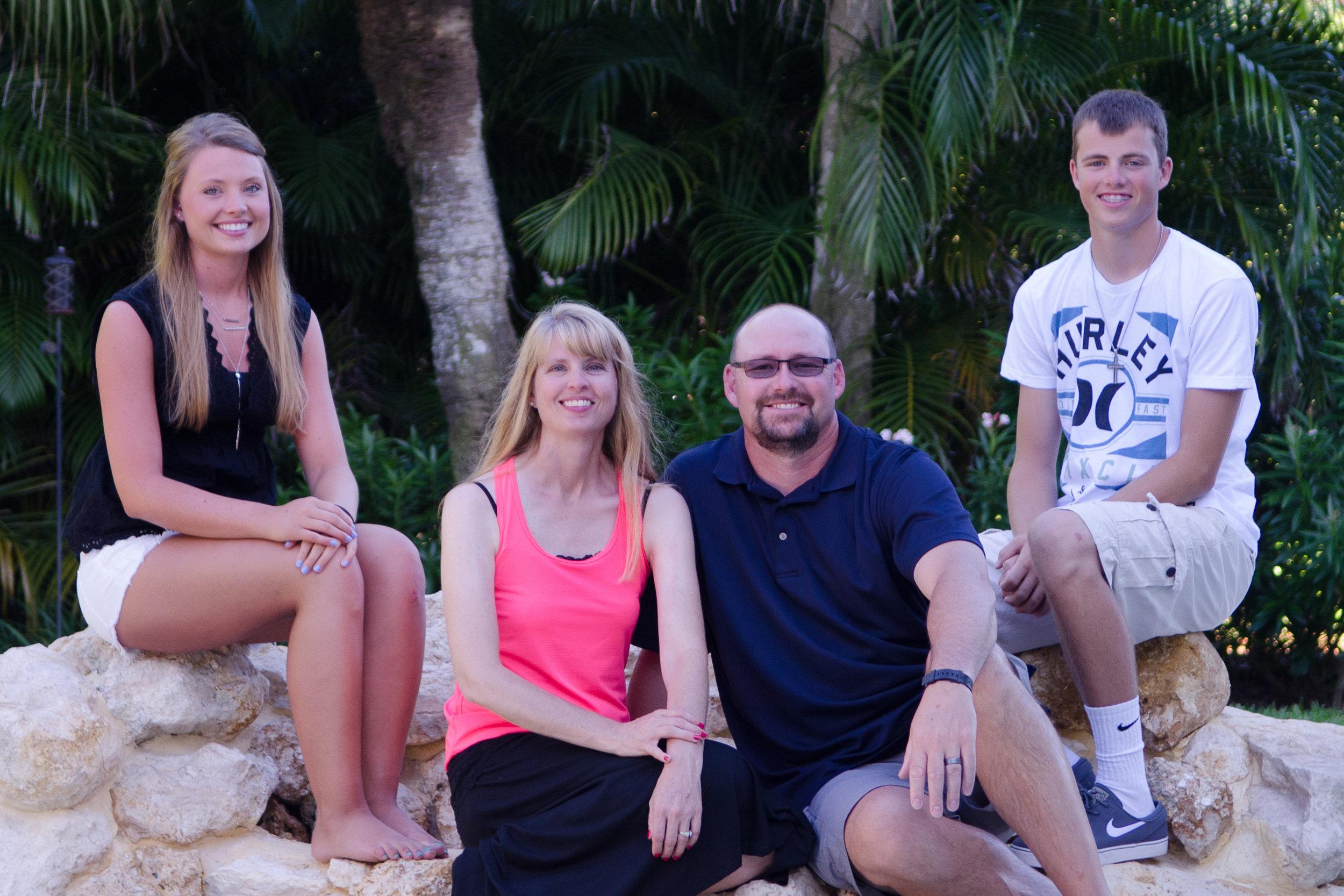 Family Pics-27.jpg
