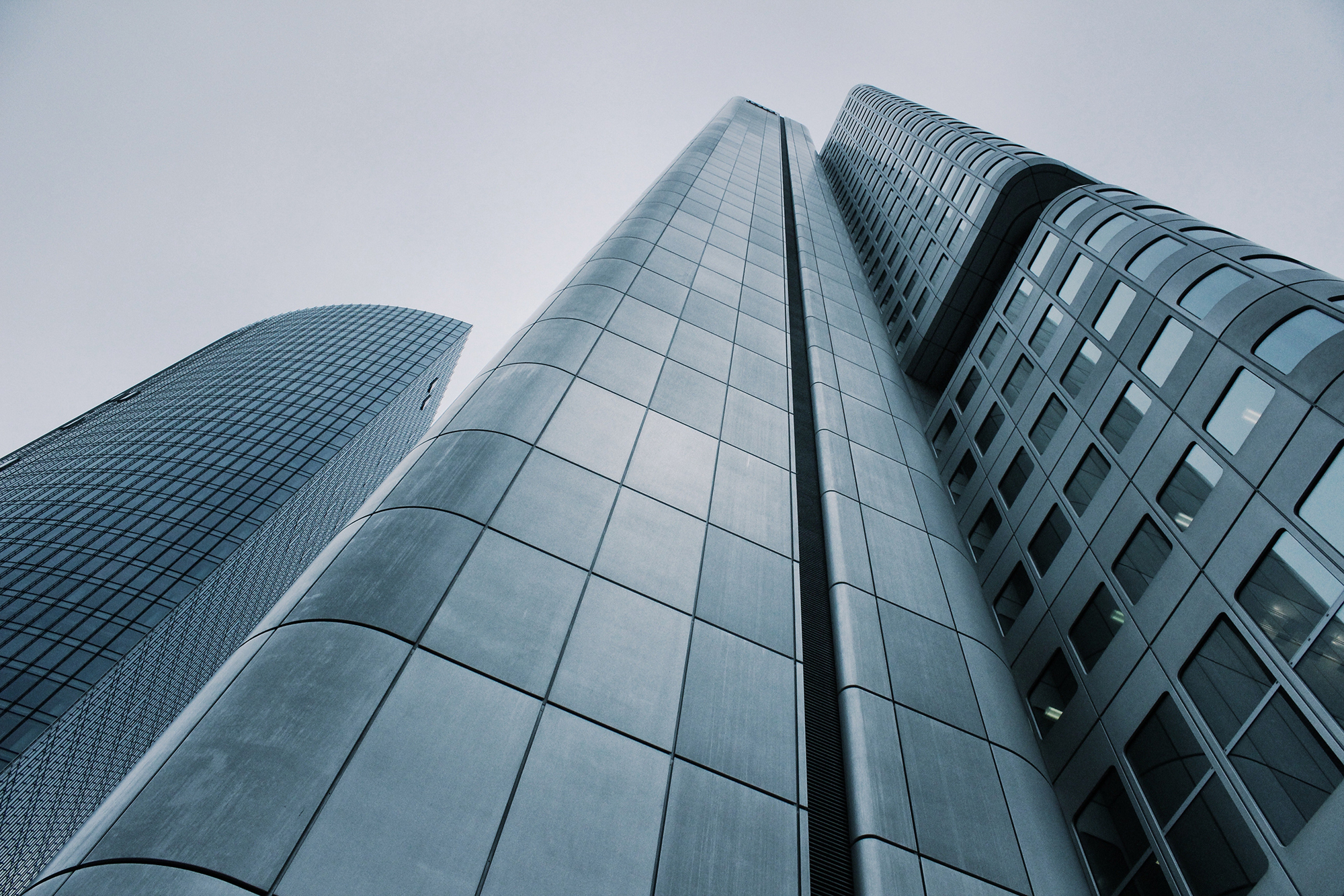 architecture-black-and-white-building-273209.jpg