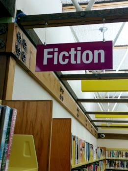 fairoakslibrary-fiction-sign-small-cindyfazzipic.jpg