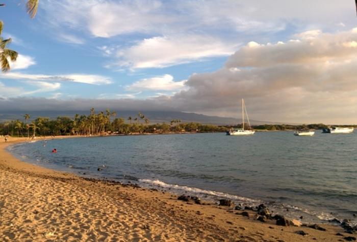 a-bay-sailboats-big-island-2017-cindyfazzi-pic.jpg