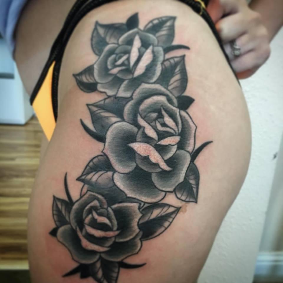 jenn:tattoos:thigh:squarespace.jpg