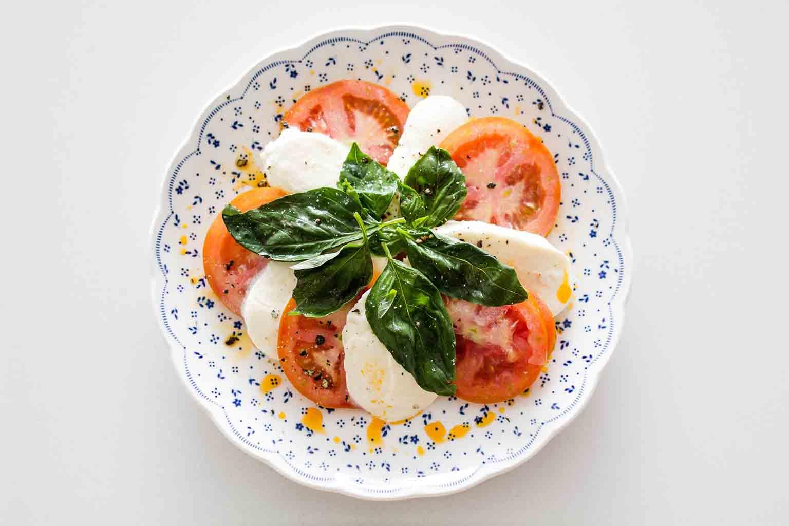 Granny Keto - Caprese salad makes a good breakfast for ketogenic eating