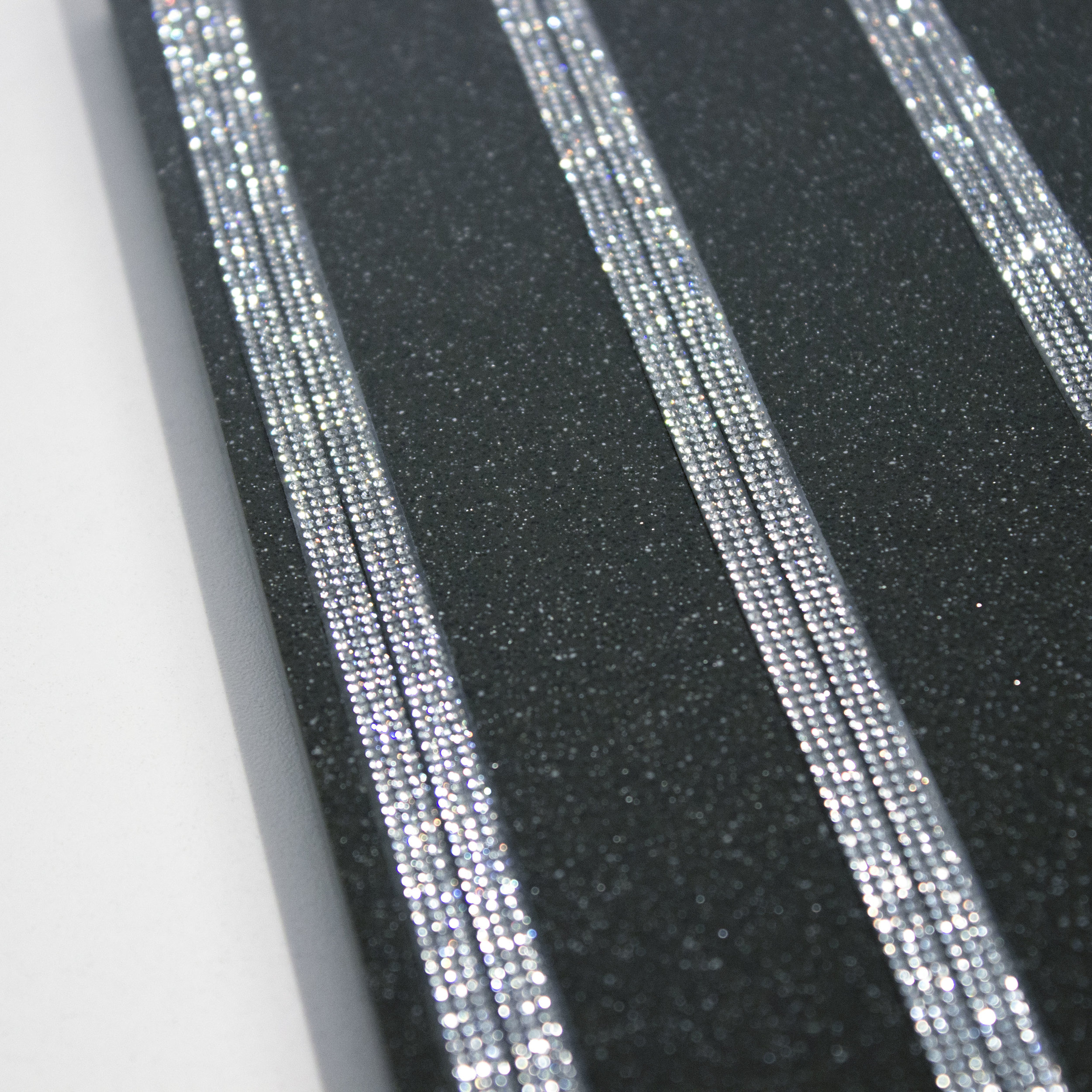3 Crystal Bandings on Solid Surface.JPG