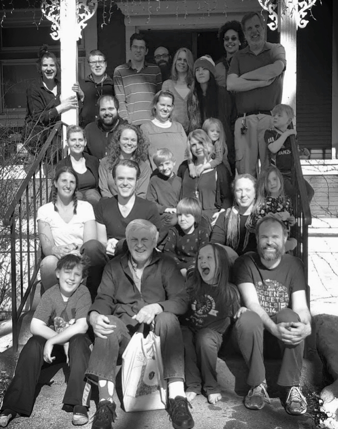 Genesis Communities - Minneapolis, MinnesotaGenesis beginnings started in 2003 with transitional housing, eventually merging into what it is today. There are 30 people. Members live in adjacent shared households in South Minneapolis, MN. Members work outside of the community and keep a common purse for housing, events and ministry expenses. Membership is made up of individuals from different local congregations and diverse Christian traditions.