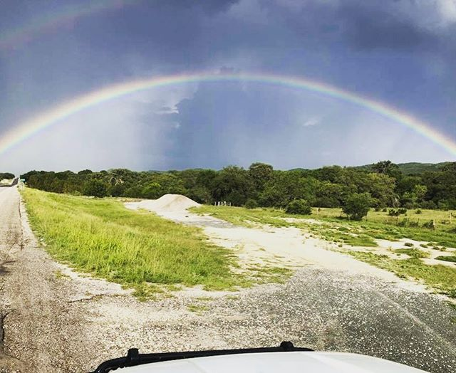 Loving this RAIN(BOW)! 💦🌈💛 ——————————————————————— 📷 | @hartfrio  Take advantage of the recent rains and off-season pricing in Frio Canyon while it lasts! ——————————————————————— #friocanyonchamber #leakey #concan #frioriver #texas #texashillcountry #txhillcountry #concantx #leakeytx #friosprings #leakeyinn #friocanyon #hwy83 #somewhereovertherainbow #tmwanders  #texashighways