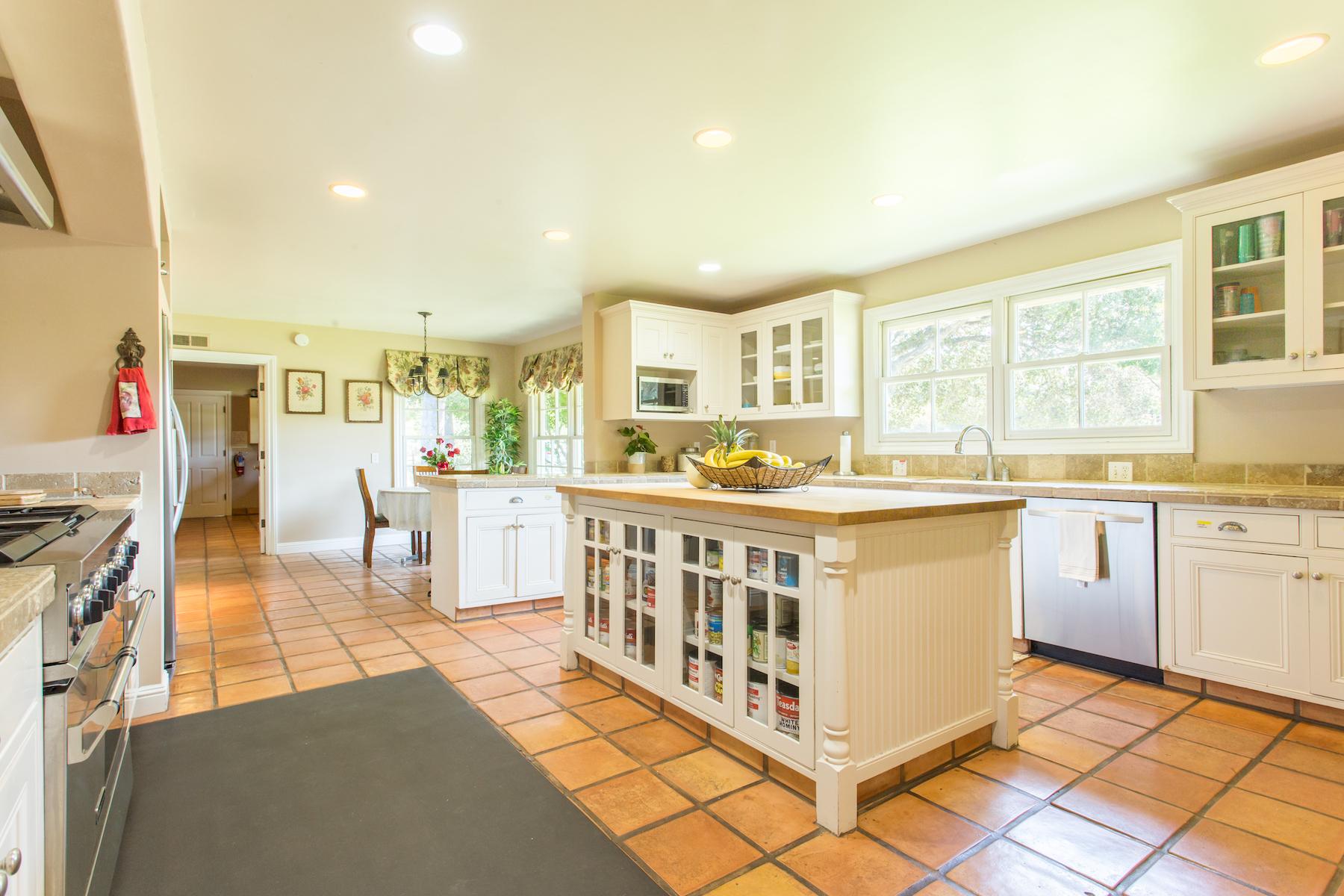 ToroHills.kitchen-1.jpg