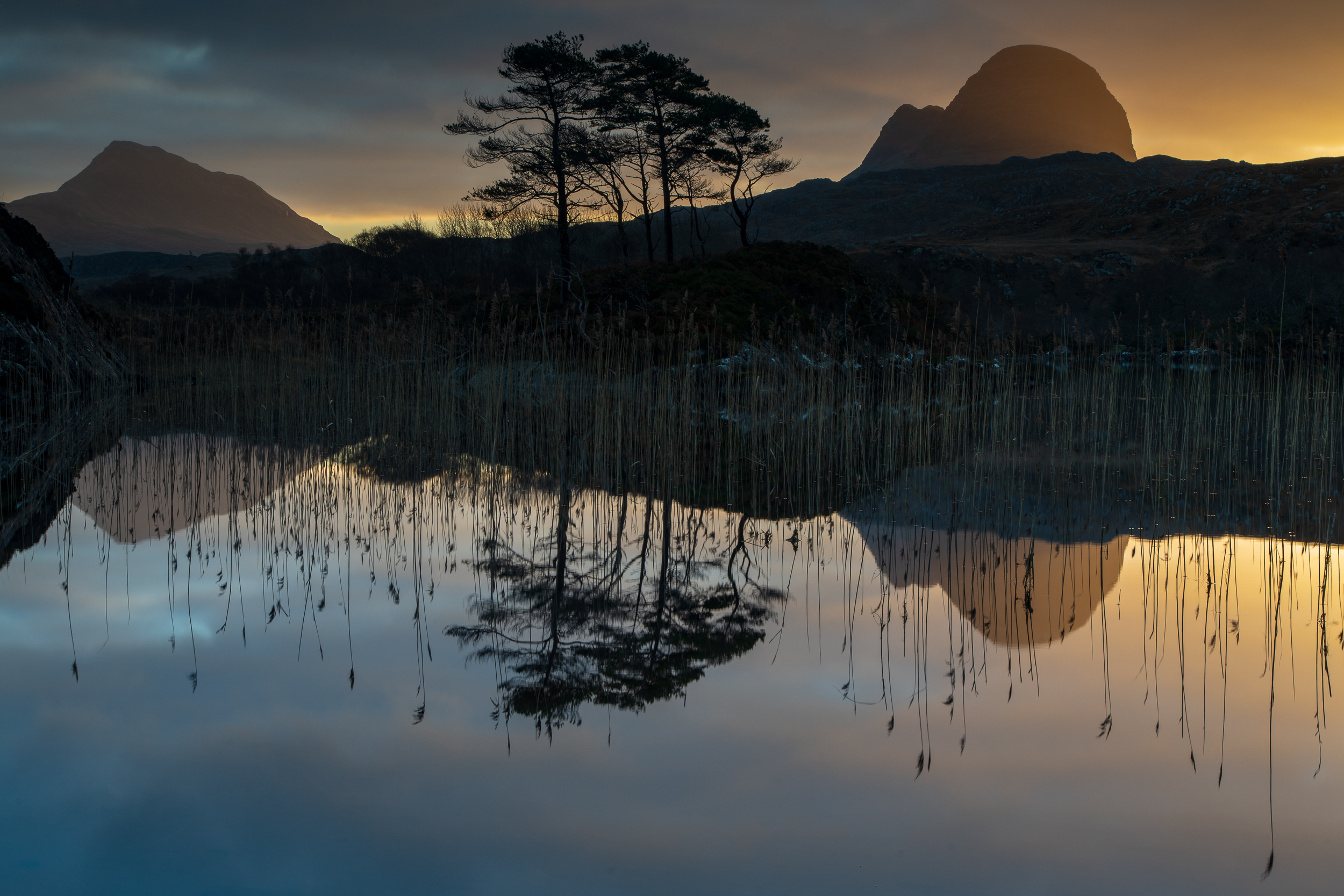 Loch Druim Suardalain with Canisp on the left and Suilven to the right