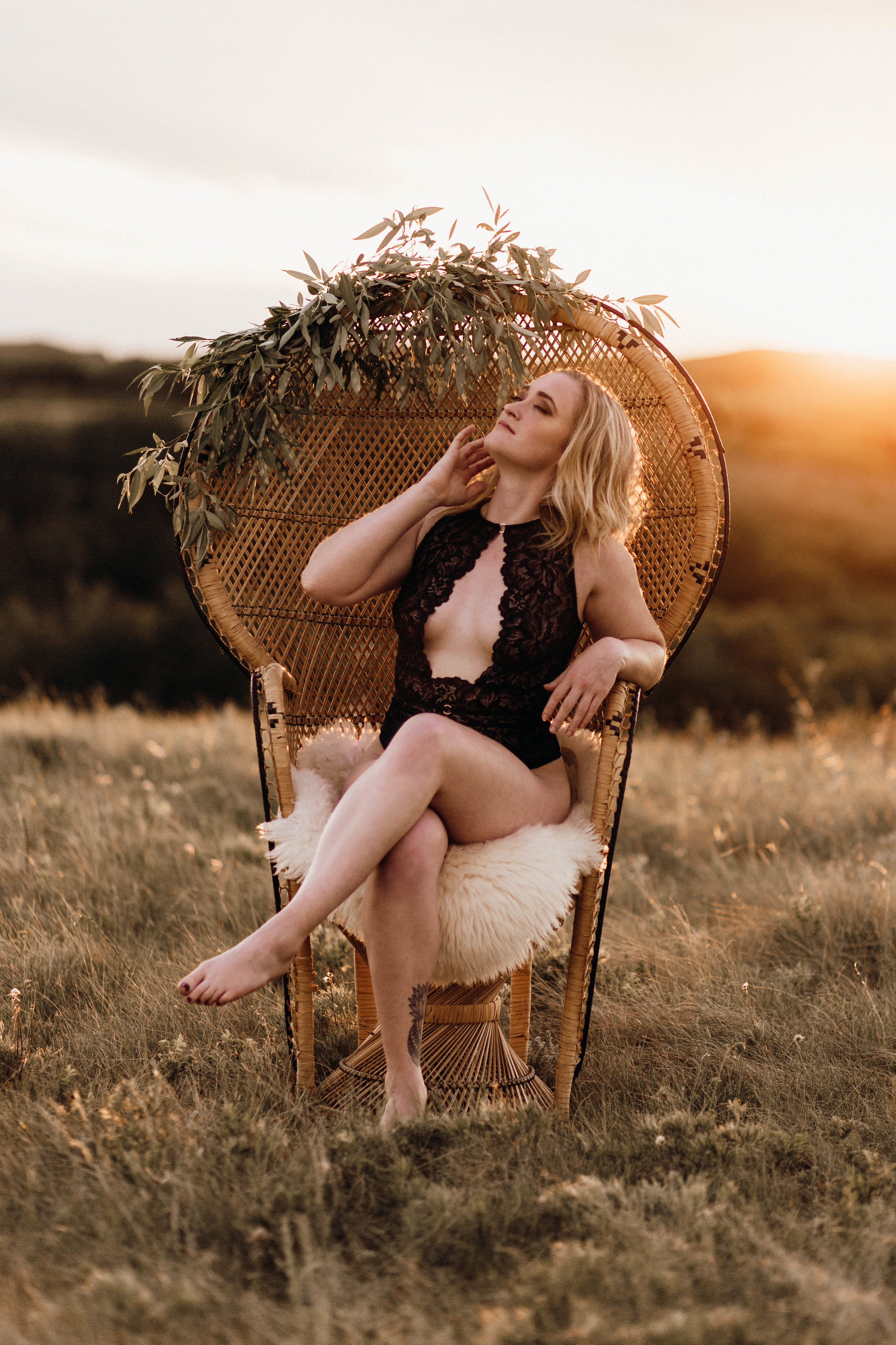 Boudoir bridal Saskatchewan Estevan Carlyle regina weyburn photographer photography outdoor