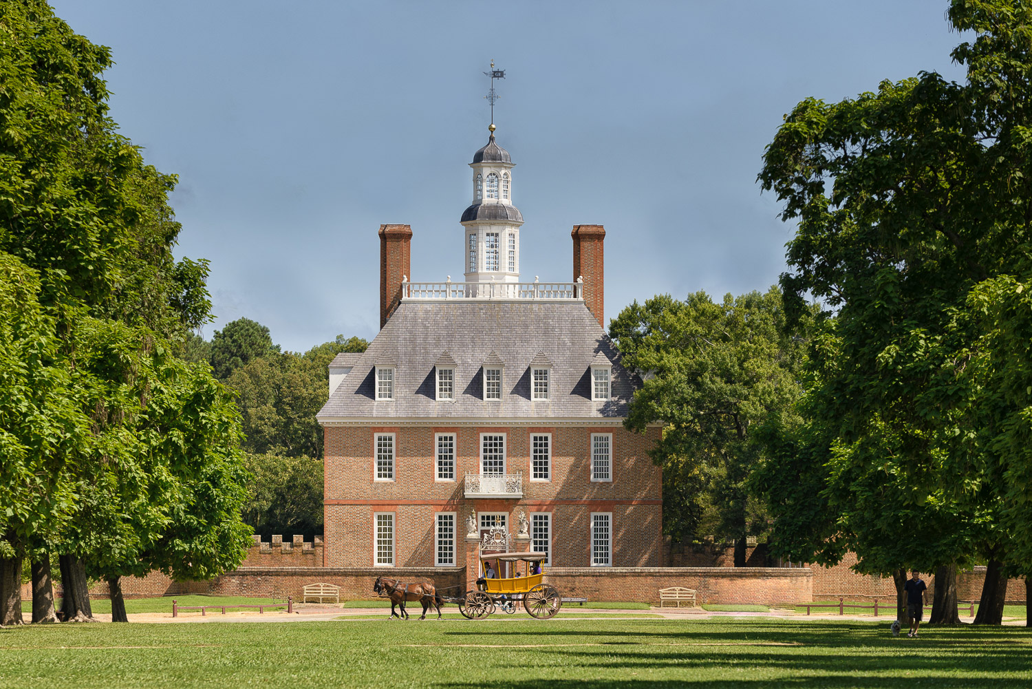 Colonial williamsburg summer - click here